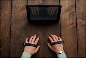 どこでも文字入力が可能な革命的エアーキーボード「AirType」に未来を感じる