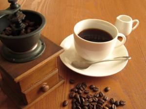 コーヒーは長寿効果があり寿命を延ばすらしい!長生きのために飲もう