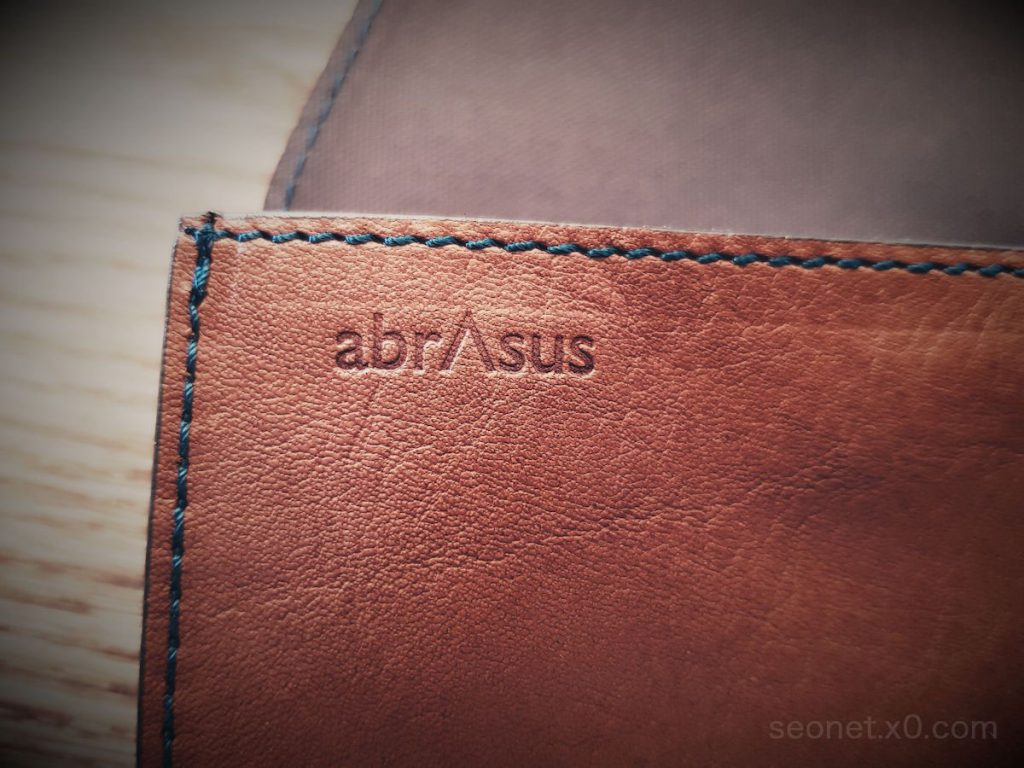 SUPER CLASSICの旅行財布 abrAsus(アブラサス)を海外旅行で使用してみた